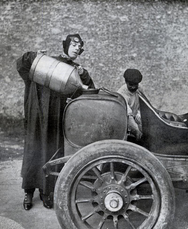 bidon-essence-1909.jpg